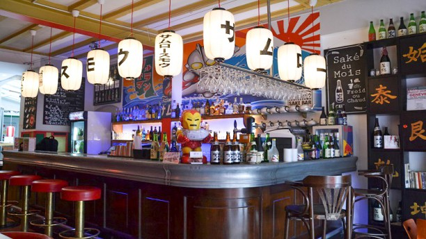 le-sam-lor-thai-bar-064abjpg